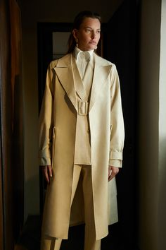 and Marc Fall 2019 Ready-to-Wear Fashion Show Camilla and Marc Fall 2019 Ready-to-Wear Collection - VogueCamilla and Marc Fall 2019 Ready-to-Wear Collection - Vogue Vogue Paris, Camilla, Dress Cuts, Fashion Show Collection, Mannequins, Fashion News, Fashion Women, Ready To Wear, Autumn Fashion