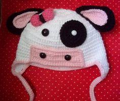 Gorro Vaquinha Feito com lã e amor *U* Cores podem ser modificadas. Valor para tamanho até 12 meses. Consulte-nos para outros valores. R$ 48,00