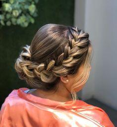 Coque com trança: 65 variações deste penteado charmoso e como fazer Havana Twists, Braided Updo, Fashion Books, Prom Hair, Updos, Ponytail, Girl Hairstyles, Braids, Hair Styles