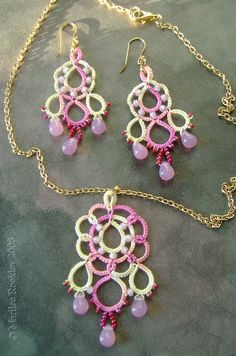 "Yarnplayer's Tatting Blog: ""Dream"" necklace and earring set or pendant"