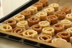 Cakes Originales, Turkey Cake, Joy Of Cooking, Tasty, Yummy Food, Candy Cookies, Sweet And Salty, International Recipes, Baked Goods