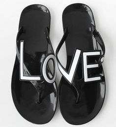 Love is in the air, check out this flip flops in White and Black combos, quickly go to our online shop