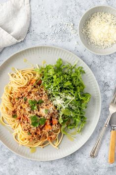 Are you a spaghetti bolognese fan? This pork and fennel pasta is a delicious gourmet alternative. A great way to freshen up the dinner rotation! #porkfennel #spaghettibolognese #spaghetti #pastarecipes #yourultimatemenu Pork Recipes, Pasta Recipes, Dinner Recipes, Fennel Pasta Recipe, Easy Weeknight Meals, Easy Meals, Pork Ragu, Recipe Cover, Spaghetti Bolognese