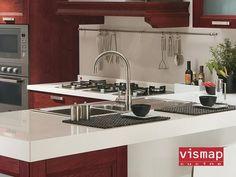 Nella scelta della vostra cucina un elemento da tenere in considerazione è il PIANO! #Vismap vi offre differenti soluzioni:  LAMINATO: pannello di particelle di legno classe (E1) rivestito da laminato ad alta pressione ( HPL) ad alta resistenza all'abrasione, urti, graffi, calore ed agenti chimici. IMPIALLACCIATO: pannello di particelle di legno classe (E1) rivestito con tranciato di legno e verniciato con prodotti acrilici/ poliuretanici. MARMO O GRANITO CRISTALLO #Piano #Cucina…