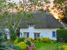 Light Behind a Thatched Cottage by Garry Knight on 500px