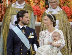 Svezia, il battesimo del principe Alexander: le foto della cerimonia reale