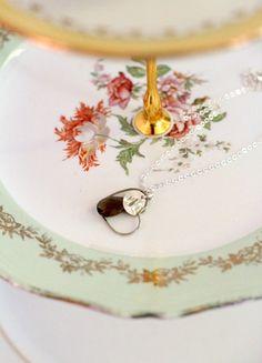 Collier TEMOIN mariage coeur, cristal et initiale