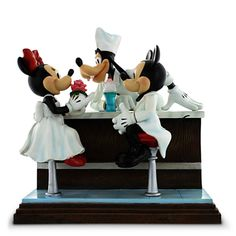 Mickey and Minnie Mouse with Goofy ''After the Prom'' Figure
