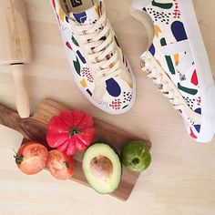 #HungryForShoes? Us too! :tomato::athletic_shoe:  Ref. VEJA - Esplar Bobo Choses   Web exclusivity only on  SARENZA :tada:    #Sarenza #FromParis #TheshoeLovingCompany #shoes #ShoeLovers #ShoeAddict #fashion #paris #exclusive #sneakers #flatlay #flatlays #flatlayapp www.flat-lay.com