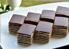 Very Helpful Cacao Benefit Strategies For cacao benefits energy bars Romanian Desserts, Romanian Food, Dark Chocolate Cakes, Raw Chocolate, Just Desserts, Dessert Recipes, Cacao Benefits, Cacao Recipes, Powder Recipe