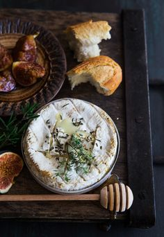 Oven-Baked Camembert with Honey-Roasted Figs