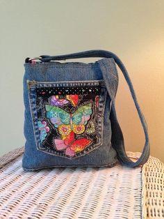 Denim Handbags, Quilted Handbags, Jean Purses, Purses And Bags, Jean Pocket Purse, Denim Ideas, Recycle Jeans, Diy Purse, Recycled Denim