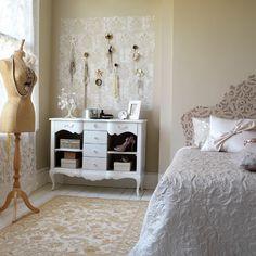 Ideas for Vintage Bedrooms | Ideas for Home Garden Bedroom Kitchen - HomeIdeasMag.com