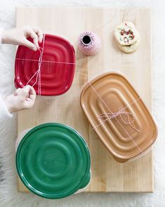 Holiday treat packs made with Rubbermaid® Holiday TakeAlongs® Sun Holidays, Merry And Bright, Holiday Treats, Make It Simple, Entertaining, Entertainment