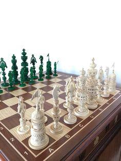 Фен-шуй ручной работы. Эксклюзивные шахматы ручной работы,изготовлены из бивня мамонта. Эксклюзивные шахматы ручной работы. Интернет-магазин Ярмарка Мастеров.
