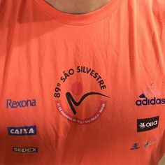 Partiu pro último treino do ano! E faltando dois dias para a corrida de Sao Silvestre vou usando a camiseta da minha primeira!! Que me traga boas energias!! #saosilvestre #saosilvestre2016 #acordapracorrer