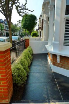 Clapham Balham Victorian Mosaic Tile Path Black And White Red Brick Wall Metal Wrought Iron Rail And Gate Stone Caps Yorkstone - London Garden Design Victorian Patio Ideas, Victorian Front Garden, Victorian Gardens, Victorian House London, Victorian Terrace House, Garden Railings, Gates And Railings, House Front Gate, House Entrance