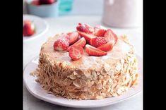 Dort s jahodami a smetanou Pie, Food, Torte, Cake, Fruit Pie, Eten, Pies, Tart, Meals