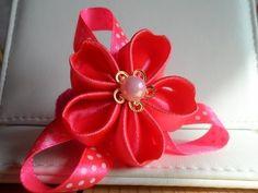▶ hand made Как сделать резиночку с лепестками цветов формы сердца - YouTube