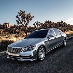 Mercedes-Maybach S 650 Liter BI-Turbo (All Wheel Drive) 621 HP in seconds Top speed (electronically limited) PLUS automatic.Automatic Transmission Weight : 2415 kg Photo 📸 by Mercedes Maybach, Mercedes Car, Audi Lamborghini, Ferrari, Top Luxury Cars, Luxury Suv, Affordable Electric Cars, Vintage Car Nursery, Best Cars For Women