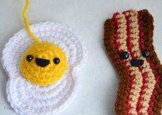Crochet Bacon and Egg Art - Pops de Milk #crochet #eggsandbacon #art #pattern