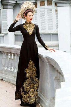 Black and gold Vietnamese Wedding Dress, Vietnamese Dress, Vietnamese Traditional Dress, Traditional Dresses, Ethnic Outfits, Fantasy Dress, Couture Fashion, Runway Fashion, Fashion Trends