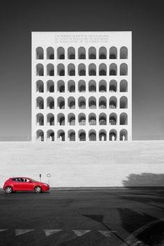 Palazzo della Civiltà Italiana / Colosse quadrato - Roma by Paul Lubbers