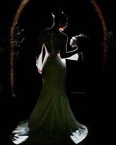 Gisely  http://ift.tt/1O9LVe0  #weddingphotography #weddingphotographer #casamento #bride #canon #clauamorim #claudiaamorim  #photooftheday #vestidodenoiva #fotodecasamento #fotografodecasamento #love #vestidadebranco  #noivinhasdegoiania #casar #voucasar #noivas #noivasdobrasil #noivas2016 #inspirationphotographers #fineartassociation #fineartphotographers #noivas2017 #brideassociation #silhouette #silhueta #sombras #shadows