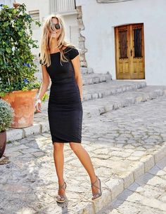 Absolutely LOVE this dress and shoes! Off Shoulder Ruched Dress