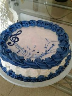 Torta decoracion azul I was born to be a musician and the American industry killed music for me when I was 25 years old Cake Frosting Designs, Cake Icing, Buttercream Cake, Cake Designs, Music Themed Cakes, Music Cakes, Bolo Musical, Cake Mix Desserts, Dessert Recipes