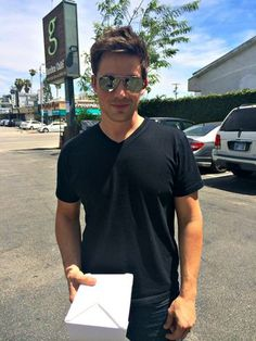 On a Date With Matt Lanter! We Talk Marriage and Dating Dos and Don'ts // great advice from a Christian celebrity