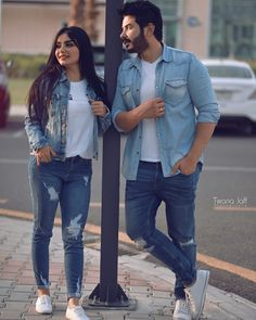 Couples Poses For Pictures, Couple Picture Poses, Couple Photoshoot Poses, Girl Photo Poses, Wedding Photoshoot, Wedding Shoot, Indian Wedding Couple Photography, Wedding Couple Poses Photography, Photography Poses Women