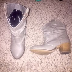 Boots size 7 Great condition Shoes Ankle Boots & Booties