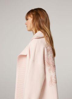 Embroidered knit wool coat - Knitwear - Ready to wear - Uterqüe Spain