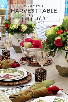 Fall Table Setting | Looking for inspiration for pretty fall table settings? This elegant apple centerpiece will add seasonal flavor to your dining room tabletop. -----> #tablesettings #tabledecorations #tablescapes #tablecenterpieces #tabledecor #tablesettingideas #falltablesettings #harvesttablesettings #thanksgivingtablesettings #autumntablescapes