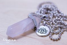 Kugelkette versilbert Rosenquarz Pendel Lotusblüte von tragsam  auf DaWanda.com