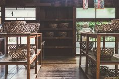 レトロでモダンで懐かしさを感じる銭湯。昭和チックな雰囲気につつまれて、ゆったりのんびりレトロな銭湯を満喫して、日頃の疲れを癒しましょう。 Loft, Retro, Furniture, Bath Room, Fashion News, Home Decor, Japanese, Ideas, Google