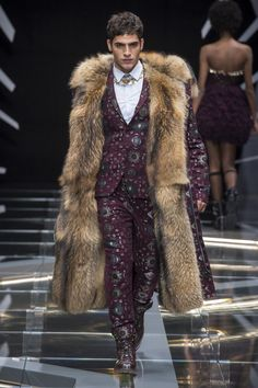 Frankie Morello Photo 71 Fashion Trends 2018, Mens Fashion 2018, Milan Fashion Weeks, Look Fashion, High Fashion, Fashion Show, Autumn Fashion, Male Fashion, Mode Costume