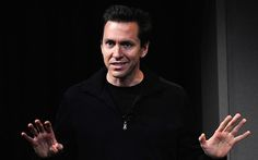 Mobile software chief Scott Forstall was asked to leave Apple because he refused to sign a letter apologizing for Maps.