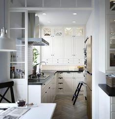 Promiți să gătești zilnic în ea cele mai delicioase mâncăruri? Ești de acord să o cureți în mod regulat, la bine și la rău? În acest caz, te pronunțăm proprietarul bucătăriei METOD. Până când un restaurant (din când în când) vă va despărți. Teach English To Kids, English Kitchens, Wall Hooks, Vintage Decor, Space Saving, Cleaning Wipes, Designer, Solid Wood, Kitchen Design