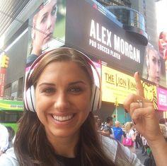 Alex Morgan, Times Square. (Instagram)
