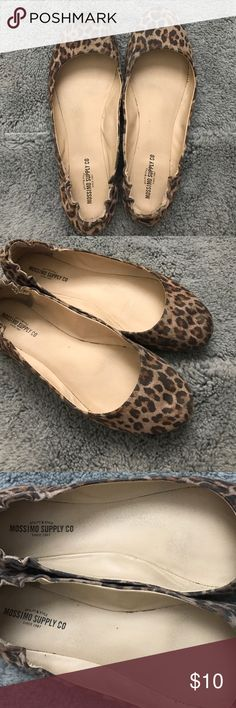 🐆 Cheetah Print Flats SUPER cute flats from Target! I wanted these flats for so long and bought them even though they were a size too big! Tried to make them work; but found cheetah flats that were my size! 😝 These have some signs of wear, but are in great condition! Mossimo Supply Co. Shoes