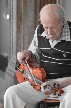 violino player