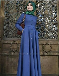 Pınar Şems's Muslim Evening Dress, Dress, Skirt modest fashion models are at Modanisa with affordable prices and return guarantee! Hijab Outfit, Hijab Dress, Muslim Women Fashion, Islamic Fashion, The Dress, Dress Skirt, Estilo Abaya, Abaya Mode, Hijab Stile