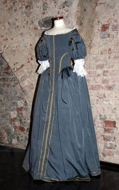 Tailor's - Mme Chantberry, French ladies dress, part 1