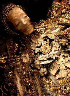 jeweled skeletons | Rome's incredible jeweled skeletons