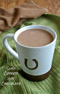 (via Slow Cooker Hot Chocolate Recipe | Vegan in the Freezer)   #healthy #vegetarian #vegan #recipes Find more healthy recipes @ http://standouthealth.com