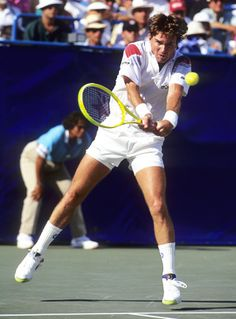 At 39, Jimmy Connors captured the heart of New York in his 1991 run to the U.S. Open semifinals | 2 of my Top 5 Favorite matches. His round of sixteen match against Aaron Krickstein and quarterfinal match against Paul Haarhuis...Amazing!