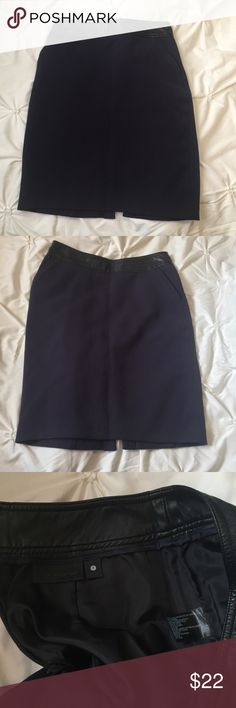 Worthington Navy/Black Pencil Skirt Worthington Navy/Black Pencil Skirt size 4 - faux leather top and front pocket detail ---- 🚭 All items are from a non-smoking home. 👆🏻Item is as described, feel free to ask questions. 📦 I am a fast shipper with excellent ratings. 👗I love bundles & bundle discounts. Feel free to make an offer! 😍 Like this item? Check out the rest of my closet! 💖 Thanks for looking! Worthington Skirts Pencil