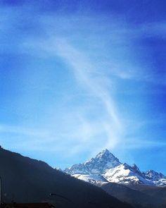 #monviso #piemonte #montagna #italia #mountains #mountian #italy #bergen #italien #clouds #nuvole #mountainphotography #mountainview… Mountain Photography, Mountain View, Bergen, Clouds, Nature, Travel, Instagram, Italia, Naturaleza